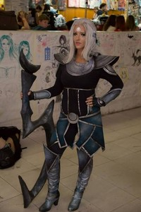 Cosplay of the Day - 08.10.2013